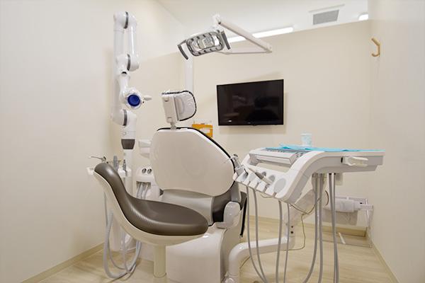 町屋メディウム歯科 診療スペース
